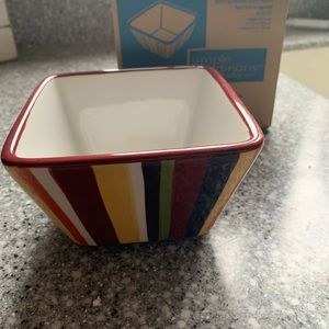 NEW Pampered Chef Small Striped Square Bowl